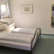 Hotelzimmer mit viel Platz im Hotel Schatulle aus Laufersweiler