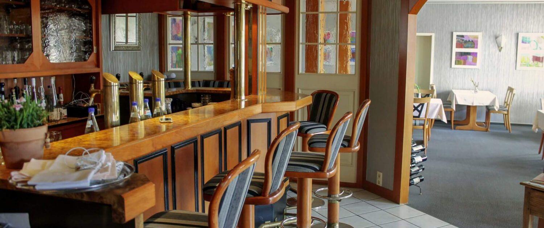 Der Thekenbereich im Hotel & Restaurant Schatulle aus Laufersweiler